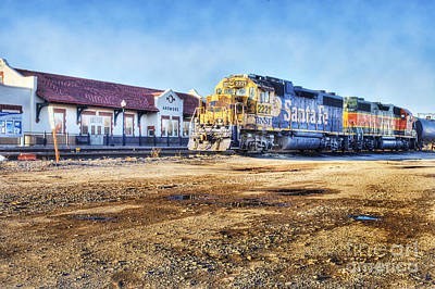Poster featuring the photograph Santa Fe Train In Ardmore by Tamyra Ayles