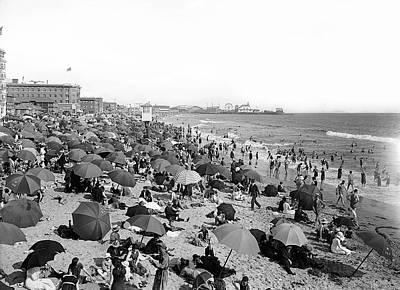 Santa Monica Beach And Pier C. 1910 Poster by Daniel Hagerman