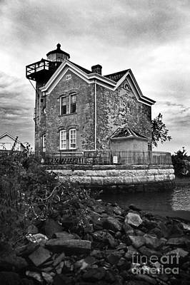 Saugerties Lighthouse Ny Poster by Skip Willits