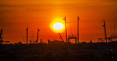 Seaport Sunrise - Wildwood Crest Poster by Bill Cannon