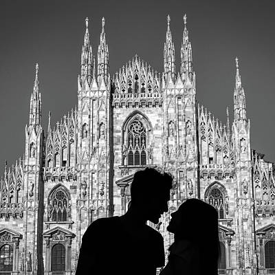 Silhouette Of Young Couple Kissing In Front Of Milan's Duomo Cathedral Poster