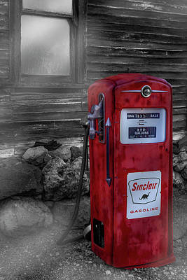 Poster featuring the photograph Sinclair Gas Pump Sc by Susan Candelario