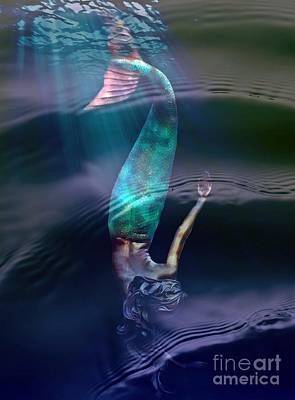 Sirena Poster by Lilliana Mendez