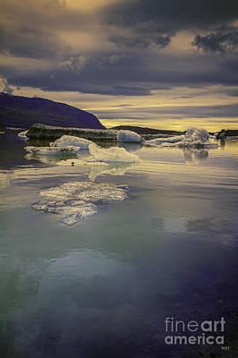 Skaftafellsjokull Lagoon Poster
