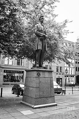 statue of abraham lincoln lincoln square Manchester England UK Poster