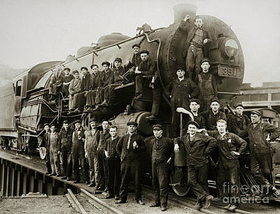 Steam Engine 351 On Turntable Coxton Yards Coxton Pennsylvania Early 1900s Poster