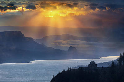 Sun Rays Over Columbia River Gorge During Sunrise Poster
