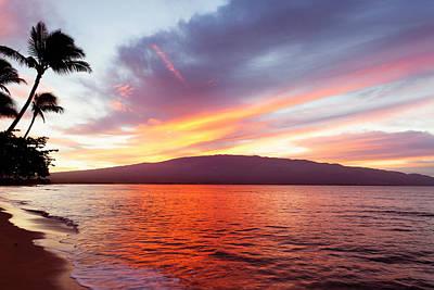 Sunrise At Ma'alaea Maui Poster