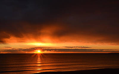 Sunrise Rays Poster