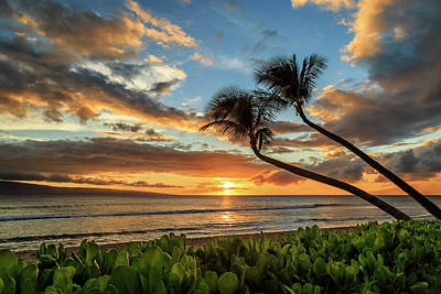 Poster featuring the photograph Sunset In Kaanapali by James Eddy