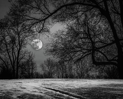 Super Blue Moon Rising Bw Poster