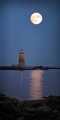 Super Moon Over Whaleback Lighthouse Poster