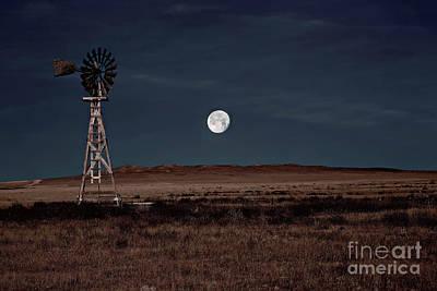Super Moonrise Over Pawnee Grasslands Poster