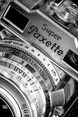 Super Paxette II Poster