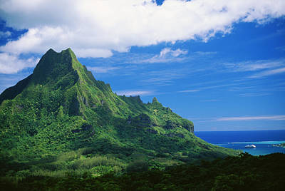 Tahiti, Moorea Poster by Vince Cavataio - Printscapes