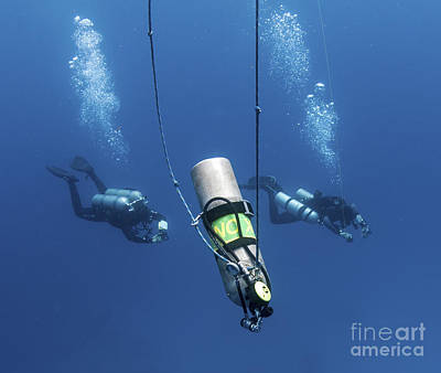 Technical Divers Ascend Near A Nitrox Poster