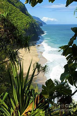 The Kalalau Trail Of Kauai Poster