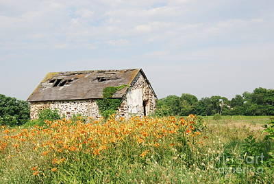 The Old Barn In Moorestown Poster