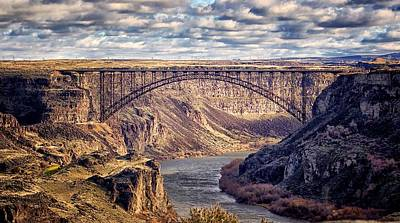 The Snake River At Twin Falls Idaho Poster by Michael Rogers