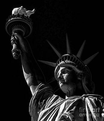 The Statue Of Liberty - Bw Poster by James Aiken