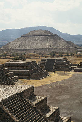 The Temple Of The Sun At Teotihuacan Poster by Martin Gray