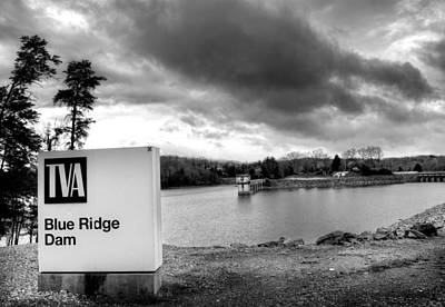 The Top Of Blue Ridge Dam In Black And White Poster