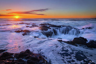 Thor's Well At Sunset Poster by C Steele