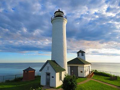 Tibbetts Point Lighthouse In June Poster