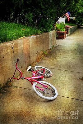 Poster featuring the photograph Tiny Malibu Bicycle by Craig J Satterlee
