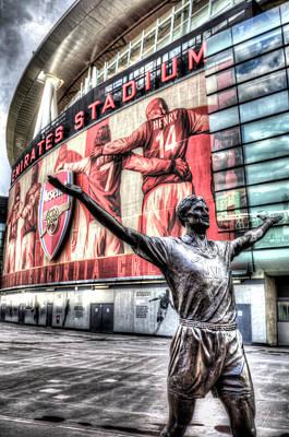 Tony Adams Statue Emirates Stadium Poster by David Pyatt
