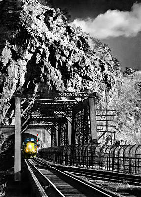 Train At Harpers Ferry Poster