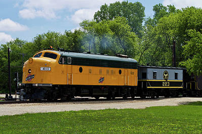 Trains Engine Northwestern 411 With Caboose 223 Poster