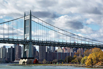 Triboro Bridge In Autumn Poster