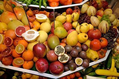 Tropical Exotic Fruits. Grapefruits, Kumquat, Mangoes, Papayas, Pomegranates, Persimmons, Grapes, Passion Fruit, Guava, Carambola Poster