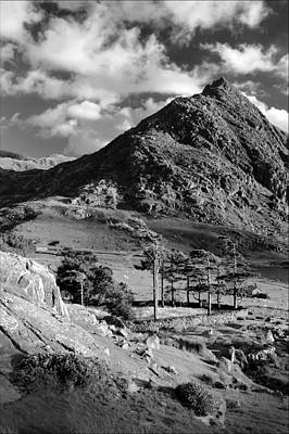 Tryfan And Ogwen Valley Poster