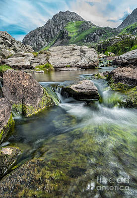Tryfan In The Ogwen Valley Poster by Adrian Evans
