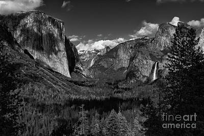 Tunnel View Black And White  Poster