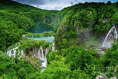 Turquoise Lakes And Waterfalls - A Dramatic View, Plitivice Lakes National Park Croatia Poster