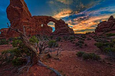 Turret Arch At Sunset Poster