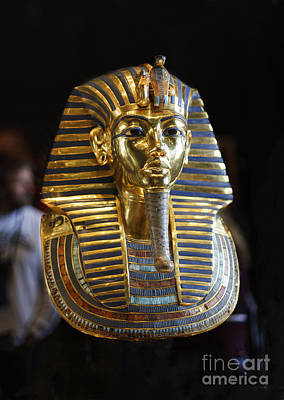 Tutankhamun's Magnificent Golden Death Mask. Poster