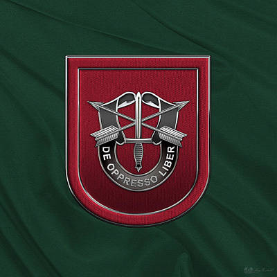 U. S.  Army 7th Special Forces Group - 7 S F G  Beret Flash Over Green Beret Felt Poster by Serge Averbukh