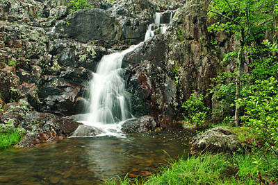 Upper Mina Sauk Falls 1 Poster by Greg Matchick