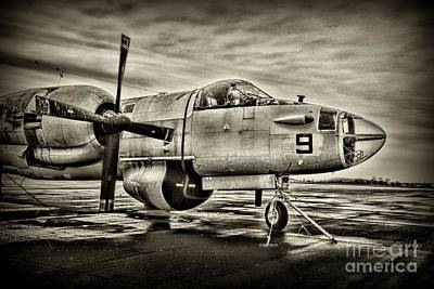 Us Navy Top Gun Aircraft In Black And White Poster by Paul Ward