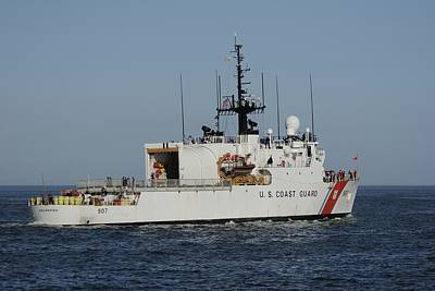 Uscgc Escanaba Heads To Sea Poster