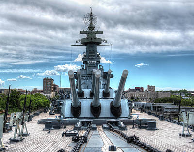 Uss North Carolina, Bb 55, Bow, 16 Inch Guns Poster