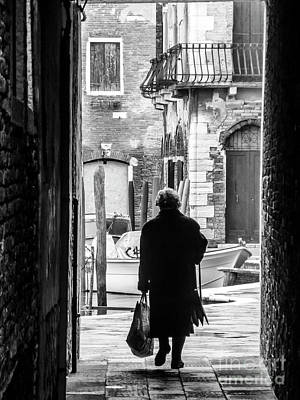 Venetian Silhoutte Lady Poster