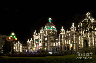Victoria Parliament Buildings At Night At Christmas Poster