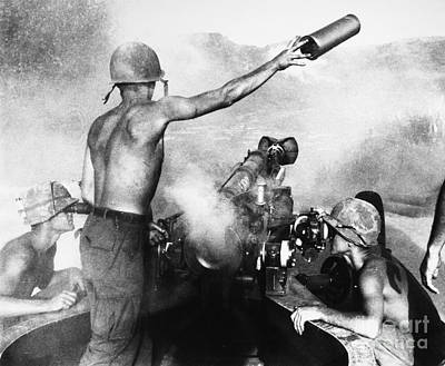 Vietnam War: Artillery Poster by Granger
