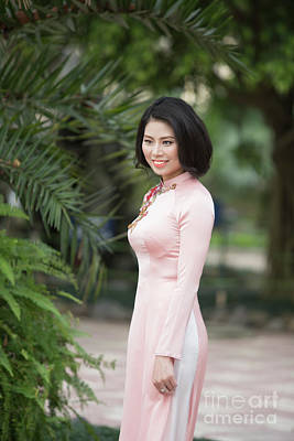 Vietnamese Ao Dai Beauty  Poster by Chuck Kuhn