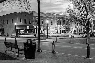 Vintage Bentonville Skyline In Black And White Poster
